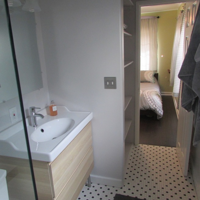 bathroom-into-bed
